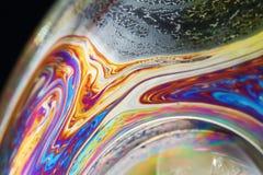 Suddig färg och stänger sig upp fotografiet av en bubblastil Arkivbild