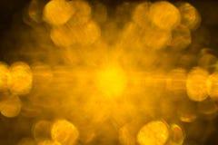 Suddiga gula ljus fotografering för bildbyråer