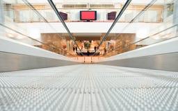 suddighet center shopping royaltyfri bild