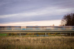 Suddighet för rörelse för rusningstidgångtunneldrev arkivbilder