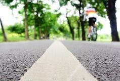 Suddighet som in cyklar, parkerar Arkivfoton