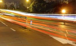 suddigheta höga trafiktrails för ljus hastighet arkivfoton