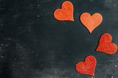 suddigheta hjärtor Hjärta för två rosa färg Älska begreppet för dag för moder` s och dag för valentin` s Vykort för dag för valen Royaltyfri Fotografi