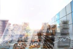 Suddighetsabstrakt begrepp av pengarmyntet för bakgrund modern affärscent Arkivfoton