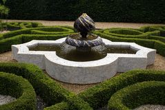 Sudeley Castle knot garden's fountain in Winchcombe, England Royalty Free Stock Photography