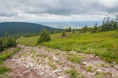 Sudety山的看法在波兰 免版税库存图片