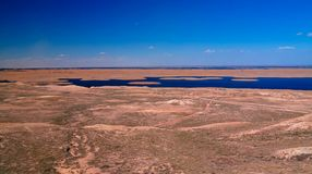 Sudochye前咸海的湖零件亦称风景Urga渔村的,卡拉卡尔帕克斯坦自治共和国,乌兹别克斯坦 免版税库存图片