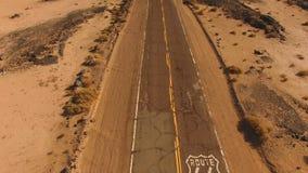Sudoeste de dos calles histórico Estados Unidos de la carretera de Route 66 almacen de metraje de vídeo