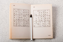 sudoku пер книги Стоковое Фото