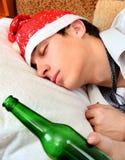 Sueño del adolescente con una cerveza Fotografía de archivo