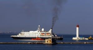 SUEÑO del MAR del barco de cruceros Imagen de archivo libre de regalías
