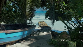 Sueño exótico - vare en el La Digue de la isla en Seychelles metrajes