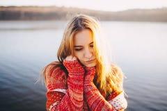 Sueño femenino del inconformista joven Imagen de archivo libre de regalías