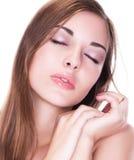 Sueños. Sueño manso apacible de la mujer joven. Imaginación Fotos de archivo