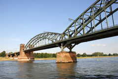 Suedbruecke над Рейном в Кёльне, Германии Стоковое Фото
