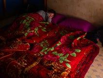 Suele la cama en un senderismo en Myanmar (Birmania) Fotografía de archivo libre de regalías