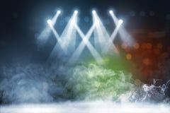Suelo de baldosas con la iluminación y el humo del punto del concierto foto de archivo libre de regalías