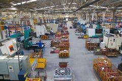 Suelo de departamento industrial de la fabricación en una fábrica imagen de archivo