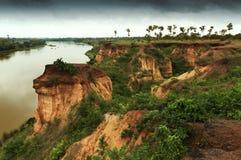 Suelo rojo del gongoni, Benga del oeste, la India Imagen de archivo