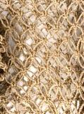Suelte la textura tejida de la cadena Fotos de archivo