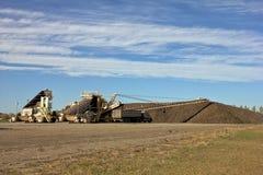 Sugar Beet Piler en Stapel met Vrachtwagens Royalty-vrije Stock Fotografie