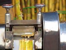 Sugar Cane Juice Press Lizenzfreies Stockfoto
