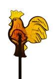Sugar Lollipop in Form des jungen Hahns lokalisiert auf weißem Hintergrund Lizenzfreies Stockbild