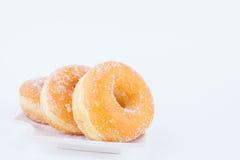Sugar Ring Donut delizioso fotografia stock libera da diritti
