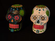 Sugar Skulls blanco y negro para el día de los muertos Fotografía de archivo libre de regalías