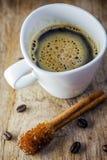 Sugar Stick Cinnamon y taza de café Imagen de archivo