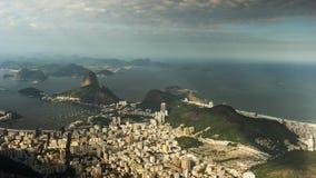 Sugarloaf góra i Copacabana Plażowy time lapse w Rio De Janeiro, Brazylia zbiory