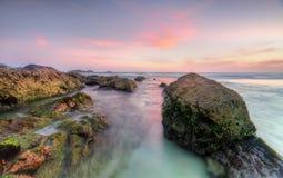 Sugarloaf-Punkt-Felsen bei Sonnenuntergang lizenzfreies stockbild