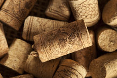 Sugheri rustici del vino di Brown Immagine Stock