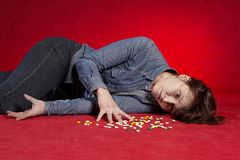 Suicidio. Dose eccessiva di medicina. Immagine Stock