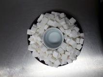 Suiker in kom Stock Afbeeldingen