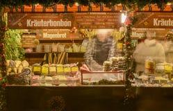 Suikergoed in box bij Kerstmismarkt, Stuttgart Stock Foto