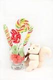 Suikergoed en stuk speelgoed Stock Fotografie