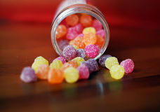 Suikergoed op de lijst Stock Afbeeldingen