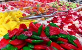 Suikergoed op de teller in de opslag royalty-vrije stock foto's