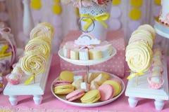 Suikergoedbar voor het eerste jaarverjaardag Stock Foto's