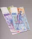 Suisse 1000 et 100 notes de franc Image libre de droits