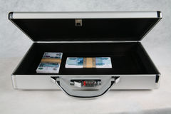 A suitcase full of money Royalty Free Stock Photography