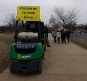 Suivez-moi à vos sièges, toilettes portatives, Porta-pots, bâtiment de capitol des USA, Washington, C.C, Etats-Unis Photo stock