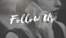 Suivez-nous partageant l'Internet social Concep en ligne de mise en réseau de media photos libres de droits