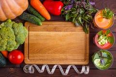 Suivez un régime le concept, le mode de vie sain, le detox faible en calories et le f diététique Image stock