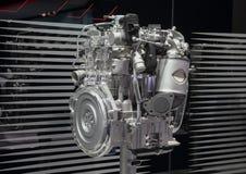 Suiza; Ginebra; 8 de marzo de 2018; El cierre para arriba del motor híbrido del coche de KIA; el 88.o salón del automóvil interna foto de archivo libre de regalías
