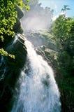 Suiza, la cascada. Fotografía de archivo