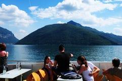 Suiza: Travesía en el lago Lugano en Tesino foto de archivo libre de regalías