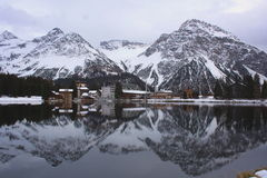 Suiza un cielo para las hojas de ruta (traveler) Foto de archivo
