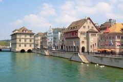 Suiza zurich El río de Limmat Fotos de archivo libres de regalías